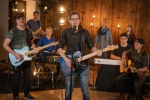 Bild: Song Release Wieder zu Hause